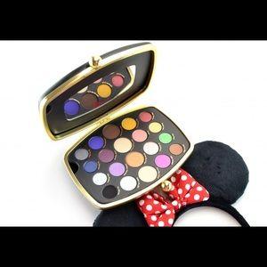 New Sephora Minnie Mouse palette!